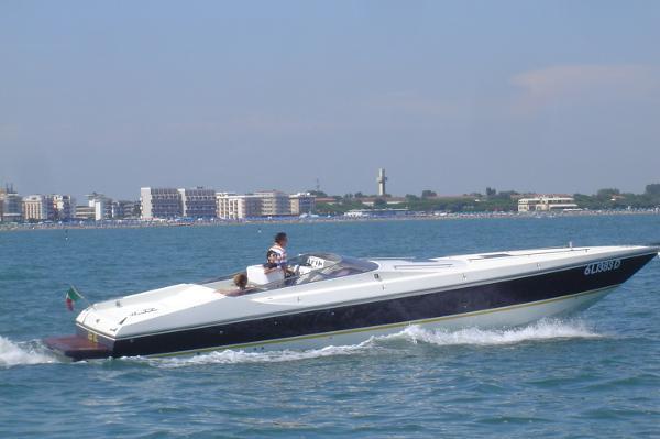Benetti Tecnomar 40 Offshore Benetti Tecnomar 40 Offshore
