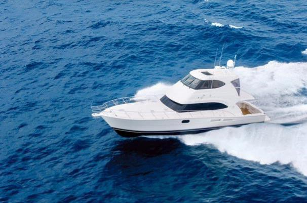 58 Enclosed Flybridge