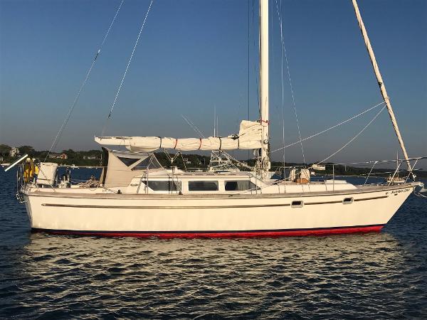 Gulfstar 39 Sailmaster Overall