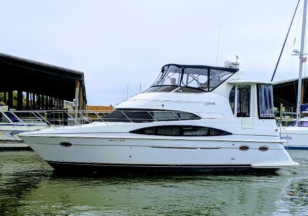 Carver 396 Motor Yacht 39' Carver 396 Motor Yacht 2003