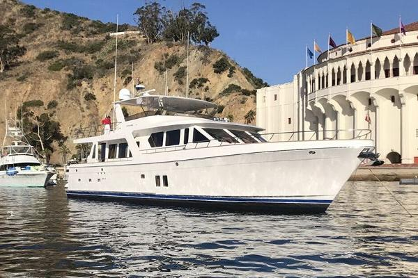 Offshore Yachts 80 Pilot House Manufacturer Provided Image