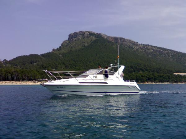 Fairline Targa 27 Port view
