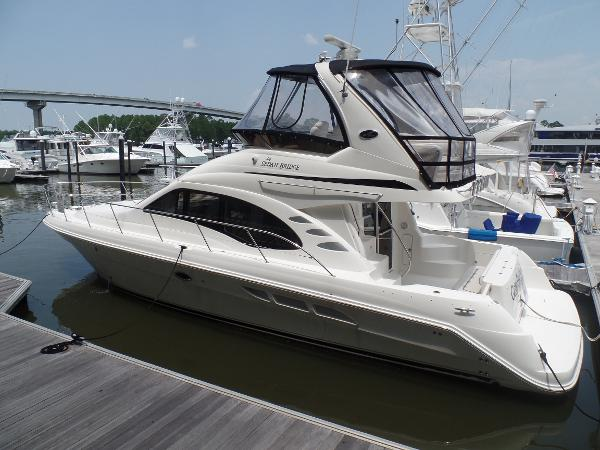 Sea Ray 44 Sedan Bridge 44 Sea Ray Profile