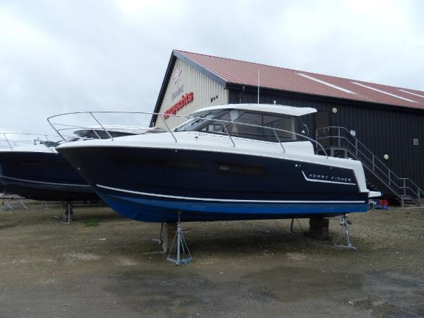 Jeanneau Merry Fisher 855 Legende Jeanneau Merry Fisher 855 Legende