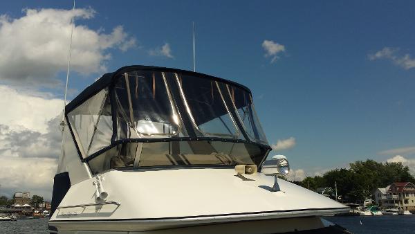 Sea Ray 345 Sundeck