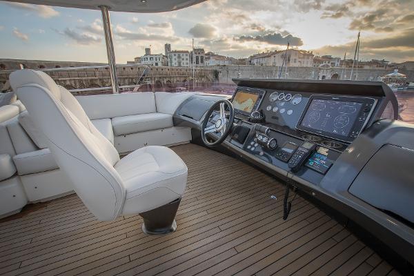 Princess 88 Motor Yacht - Upper Helm