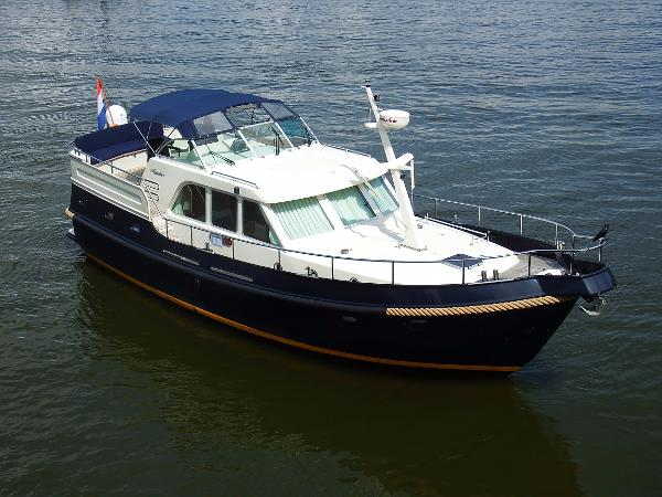 Linssen Grand Sturdy 425 AC Twin