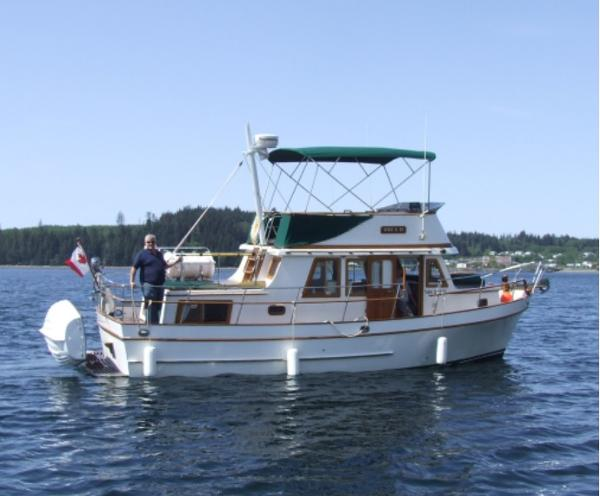 CHB Puget Trawler