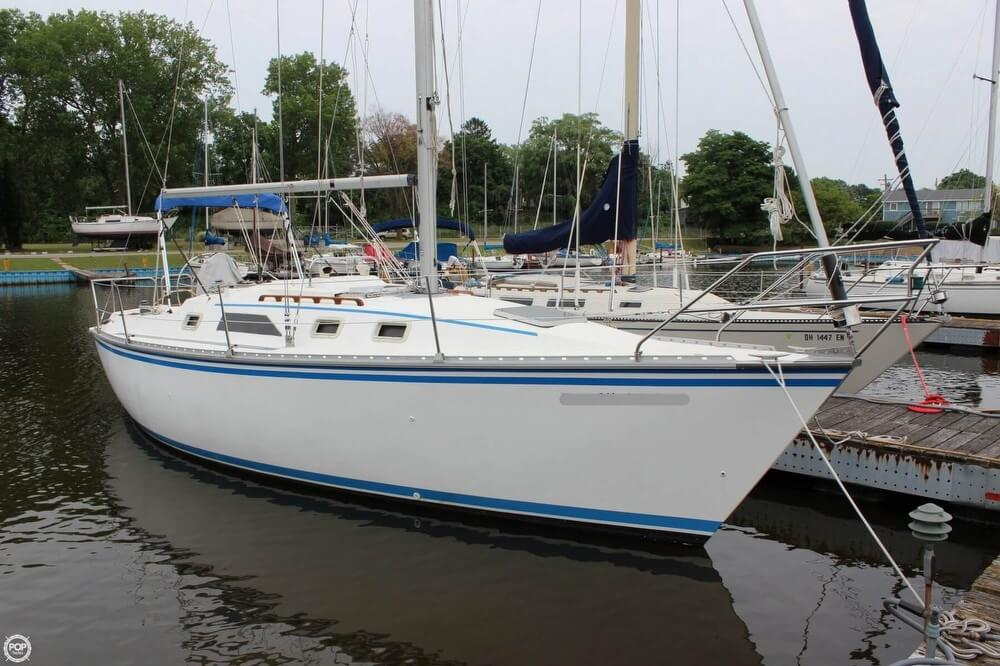 Hunter 31 1985 Hunter 31 for sale in Fairport Harbor, OH