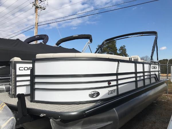 Coach Pontoons 230RF