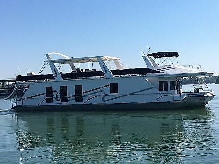 Fantasy Houseboat 18 X 75