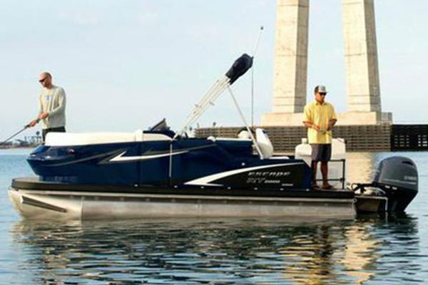 Larson Escape RT 2400 Fish & Cruise Manufacturer Provided Image: Manufacturer Provided Image