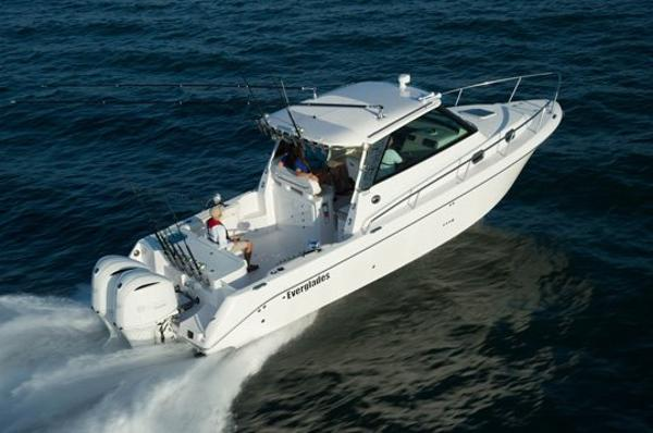Everglades Boats 320ex