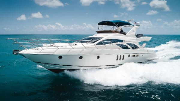 Azimut 62 Running Port Bow