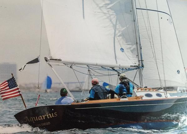 Alerion Express 28 Off to the start