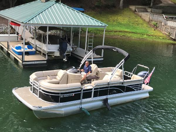Used pontoon boats for sale in Greenville, South Carolina