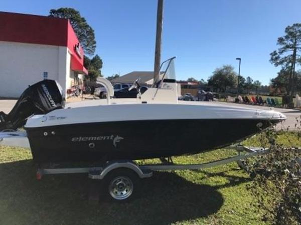 Bayliner 160 EF CENTER CONSOLE
