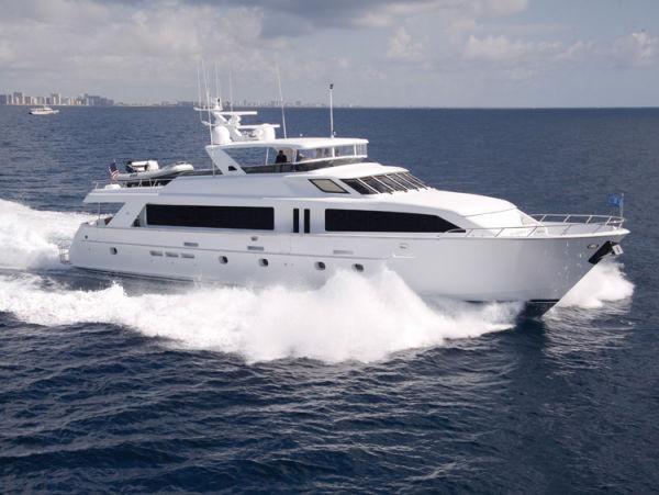 Hatteras 100 Cockpit Motor Yacht Starboard Profile