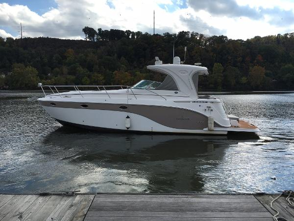 Rinker 400 Express Cruiser