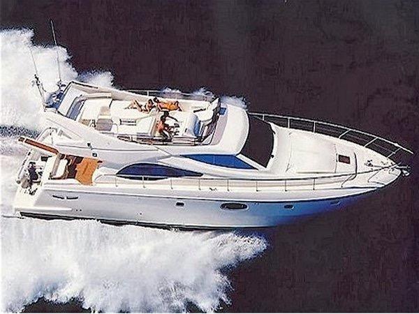 Ferretti Yachts 590 Ferretti 590