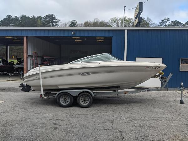 Sea Ray 190 Bow Rider
