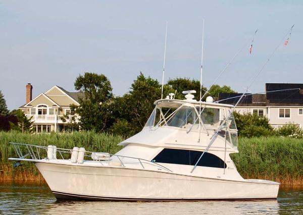 Egg Harbor 42 Sport Yacht Port Profile