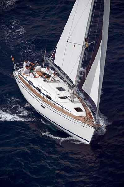 Bavaria Cruiser 33 Manufacturer Provided Image: 33 Cruiser