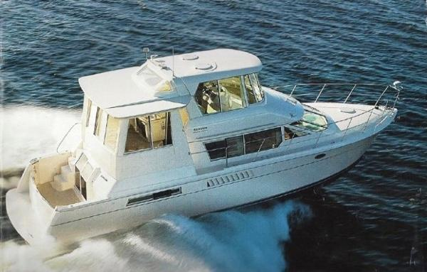 Carver 500 Cockpit Motor Yacht Brochure Photo