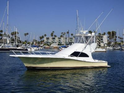 Luhrs 44 Convertible Port View with painted hull