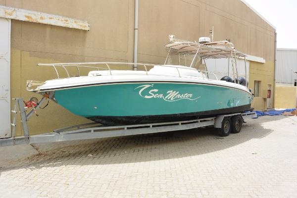 Sea Master 31 Power Boat