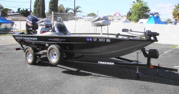 Tracker PRO 175 TXW