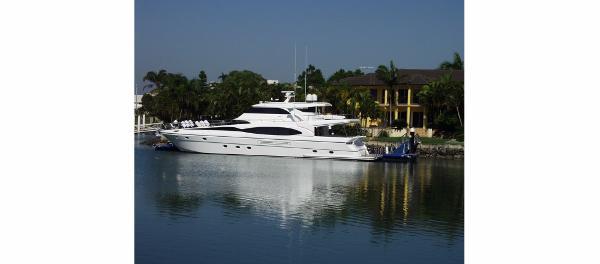 Dyna Yachts 77 Dyna Yachts 77