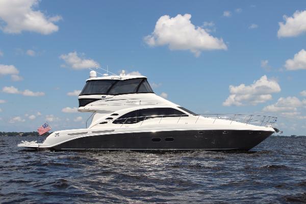 Sea Ray 58 Sedan Bridge Starboard profile