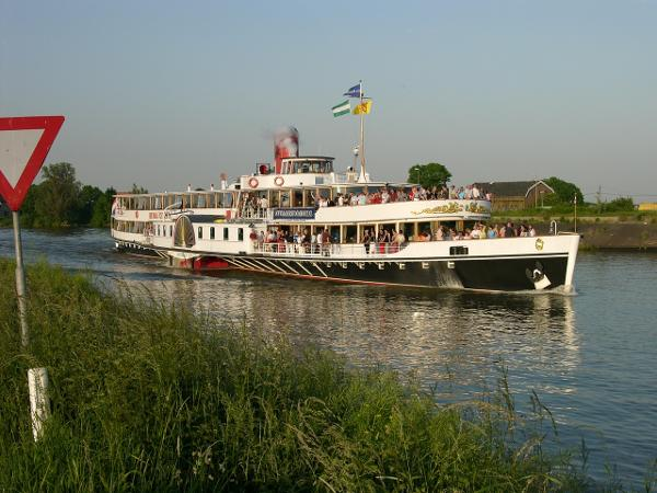 Sachsenberg Paddle Steamer