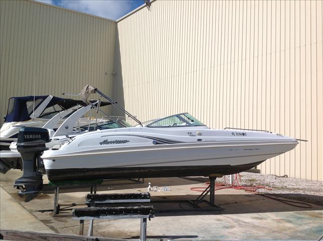Hurricane Deck Boat 237 Fun Deck