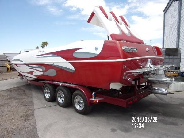 Domn8er Deckboat Imco Drive