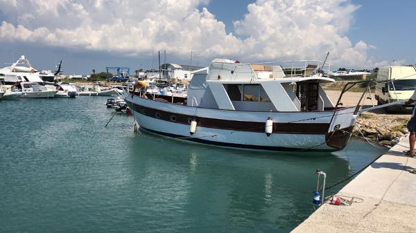 Custom Cantiere Navale Mostes