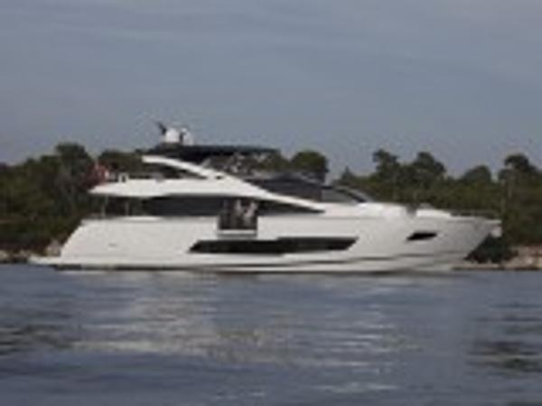 Sunseeker 86 Yacht Main