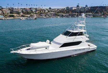 Hatteras Sportfisher 65' Hatteras Convertible ' ...