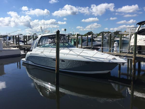 Formula 37 PC Diesels Starboard Bow