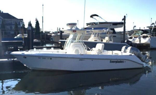 Everglades Boats 240 Cc Spectacular!