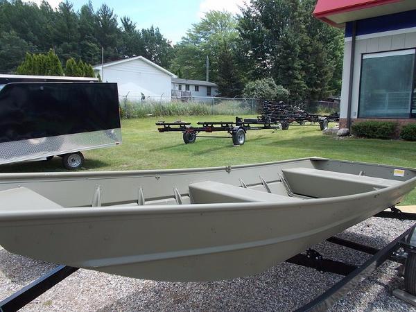 Lund Jon Boat 1436L