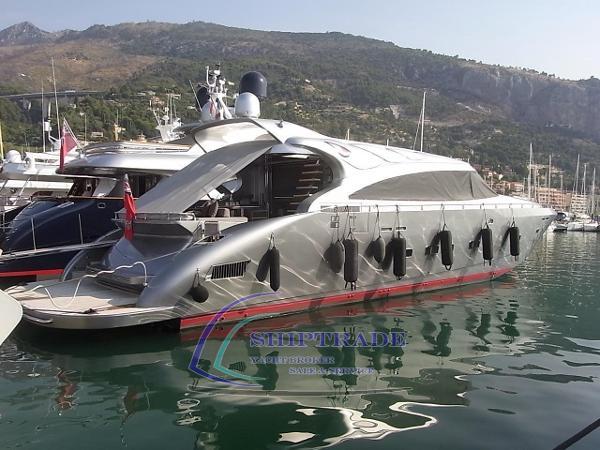 AB 92 AB Yachts 7001808_20190228072925805_1_XLARGE.jpg