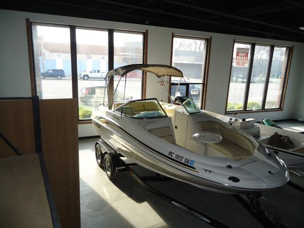 Sea Ray Sundeck 190