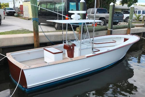 Rybovich Center Console Profile