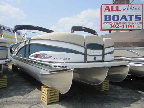 PREMIER BOATS S-Series 270 R