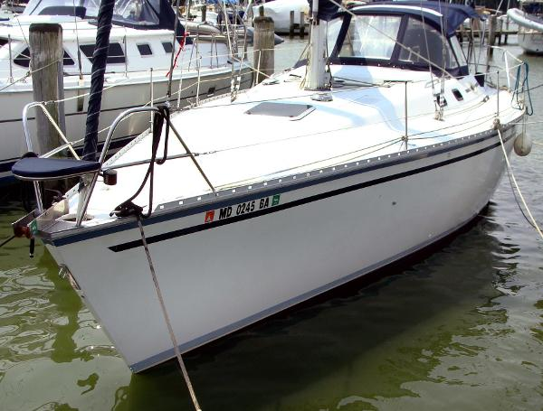 Hunter 37 Legend 1988 Hunter Legend 37 - Overall