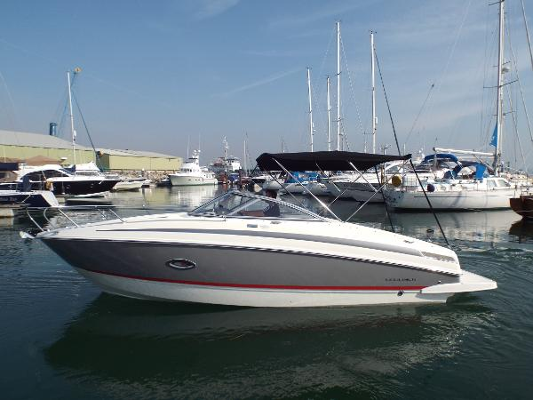 Bayliner 742 Cuddy Bayliner 742
