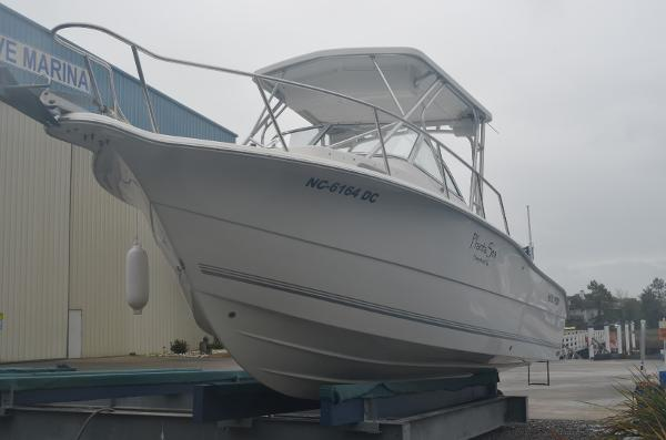 Sea Pro 238 Walk Around