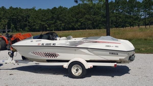 Yamaha Boats 310